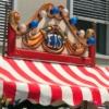 Nostalgischer Eiswagen mit Beleuchtung
