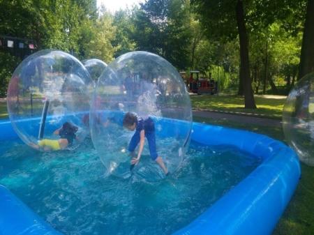 Wasserbälle Mit Pool