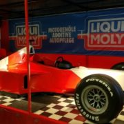 Simulator mit originalgetreuem Formel 1-Nachbau