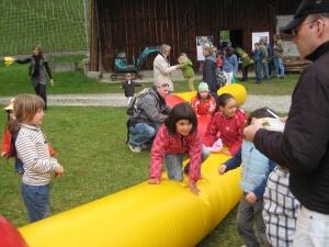 Hüpf- und Springschlange für Kinder